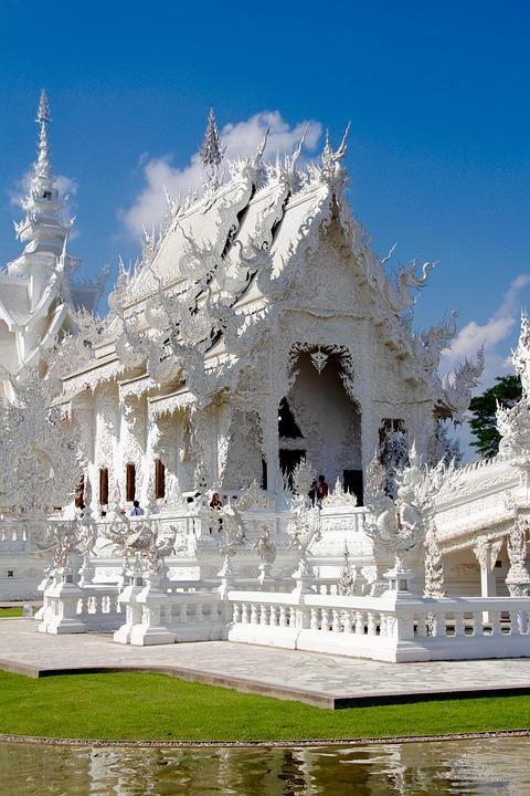 Sukothai witte tempel